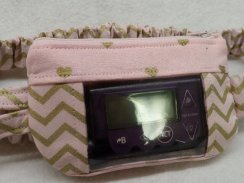 Gold Chevron & Hearts on Pink Insulin Pump Pouch For Girls