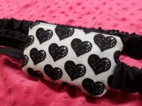 Black Hearts on White Insulin Pump Pouch Case in Flannel