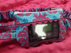 Damask Insulin Pump Pouch in Ht Pink & Turquoise optional window