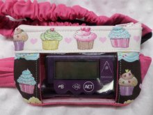 Window Insulin Pump Case with Cupcakes