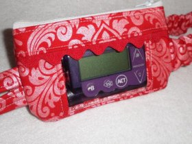 Girls Hollywood Window Insulin Pump Pouch in Red Sparkle