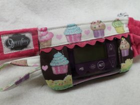 Cutie Cupcakes Window Insulin Pump Case
